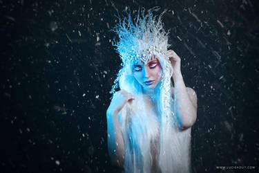 Winter III by luciekout