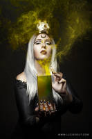 Witch III by luciekout