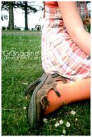 Dans l'herbe. by gr3nadine