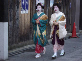A pair of Geisha's by StarRose17