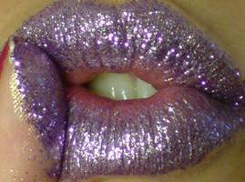glitter kiss by cheetarah