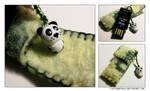 Panda-ish by LietingaDiena