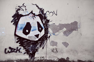 Urban Panda by LietingaDiena