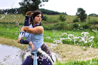 Waterbending by greengreencat