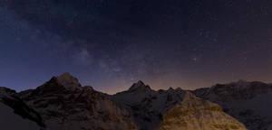 Milky Way above the Schreckhorn by Arafinwearcamenel