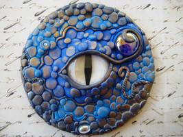 Blue Dragon's Eye Pendant by RoyalKitness