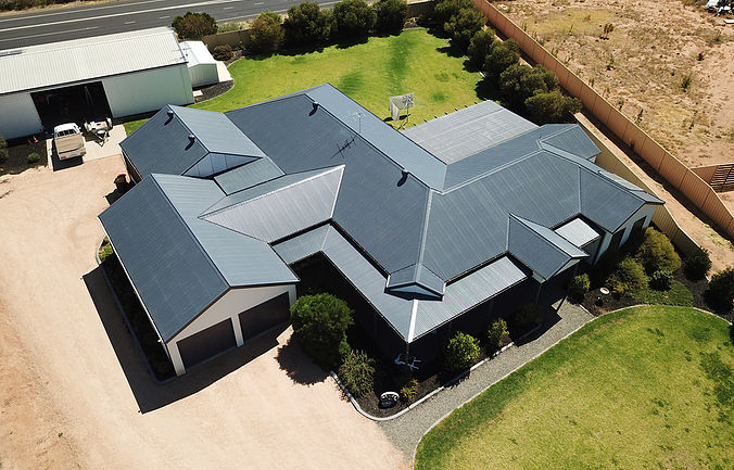 Roofing Construction Mildura by oxleysplumbing