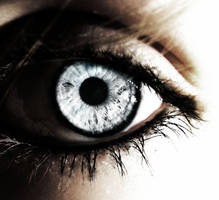 Into to the eye... by loremarie