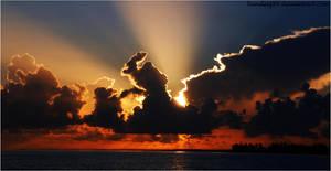 Tropical sunrise 2 by bandesz99