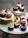 More Cupcakes by ChocolateDecadence
