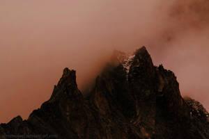 Mountain mist III by droemsjael