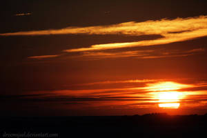Setting Sun by droemsjael