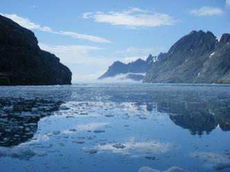 Drygalski Fjord 2 by AichuMacRaeons