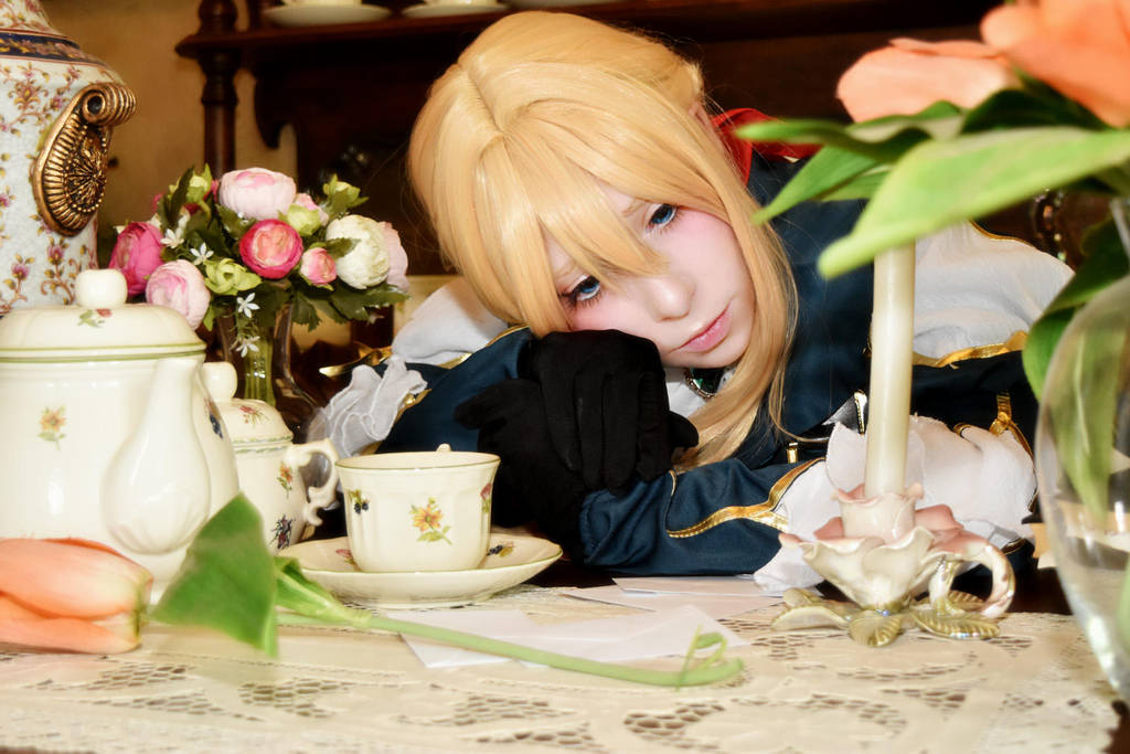 Violet Evergarden by Mad-Hatter----X