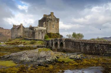 Stock 235 Eilean Donan Castle by Einheit00