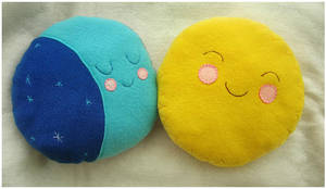 Sun and Moon Plushie by elbooga