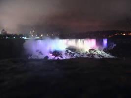 Niagara Falls at night by Seferia
