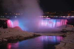 Niagara Falls by shotinmotion518