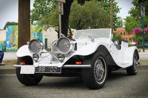 Classic Jaguar by SeanTheCarSpotter