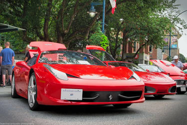 458 Italia Vs F430 by SeanTheCarSpotter