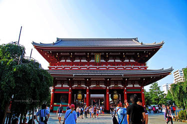 Sensoji Temple by WhiteBook