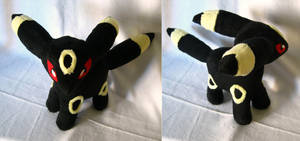 Umbreon by PlushMayhem