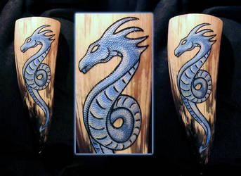 Drinking Horn Sea Serpent by cornum