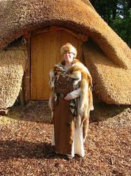 viking frouwe by cornum