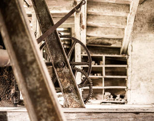 old gear by YgsenddPhoto