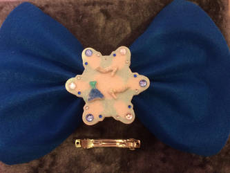 Frozen inspired Elsa Ornament/Barrette/Bow by KittieKitsuneko