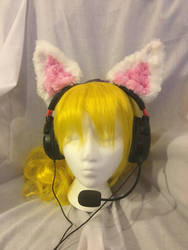 Cat Headphone/Headset ears by KittieKitsuneko