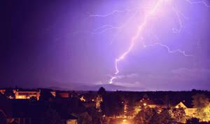 Lightning 3 by Csipesz