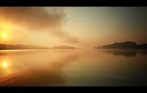 Foggy morning by Csipesz