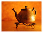 Old Teapot by hazydream