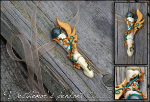 Desthemar's pendant by tishaia