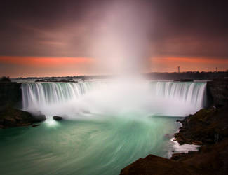 Horseshoe Falls from Canada Side by palmbook