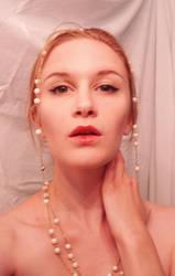 Pearls Stock by Reine-Haru