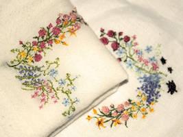 Handkerchiefs by Reine-Haru