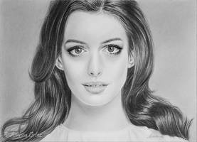 *Anne Hathaway* by AinhoaOrtez