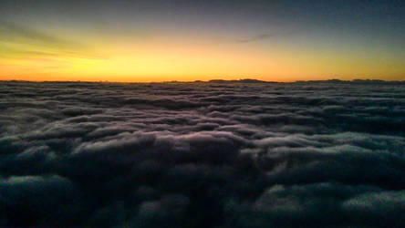 Cellphone - Above the clouds - Sao Paulo 5 am by ssabbath