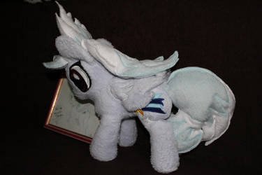 Cloud Chaser Plushie 2 by Fachsenbude