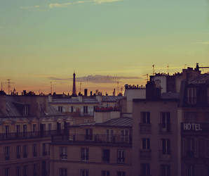 twilight in Paris by FrancesHolly