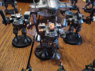 Tau Battlesuit Team by jsdragon56