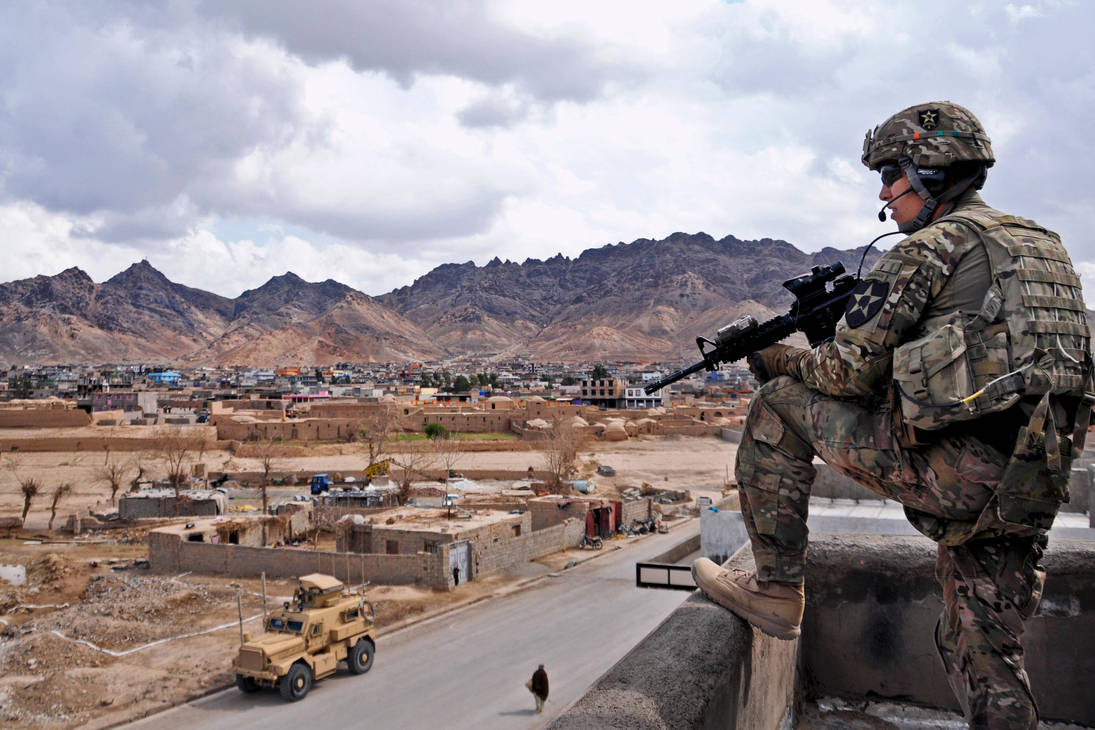Rooftop Security by MilitaryPhotos