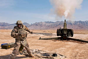 D-30 Howitzer by MilitaryPhotos