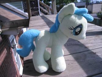 Amalthea the Pony by skookyspry
