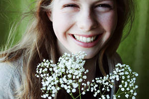 Smile like spring does by ByLaauraa