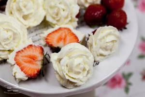 Strawberry roses by KLutskaya