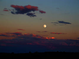 Sunset and moonrise in Utah by the-twisted-vine
