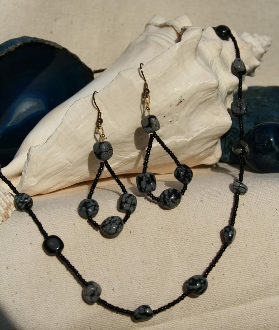 snowflake obsidian loop by the-twisted-vine